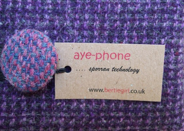 Harris tweed phone cover aye phone.jpg